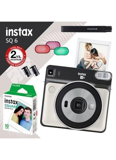 Fujifilm instax SQ 6 inci Beyaz Fotograf Makinesi ve 10'lu Kare Film Renkli